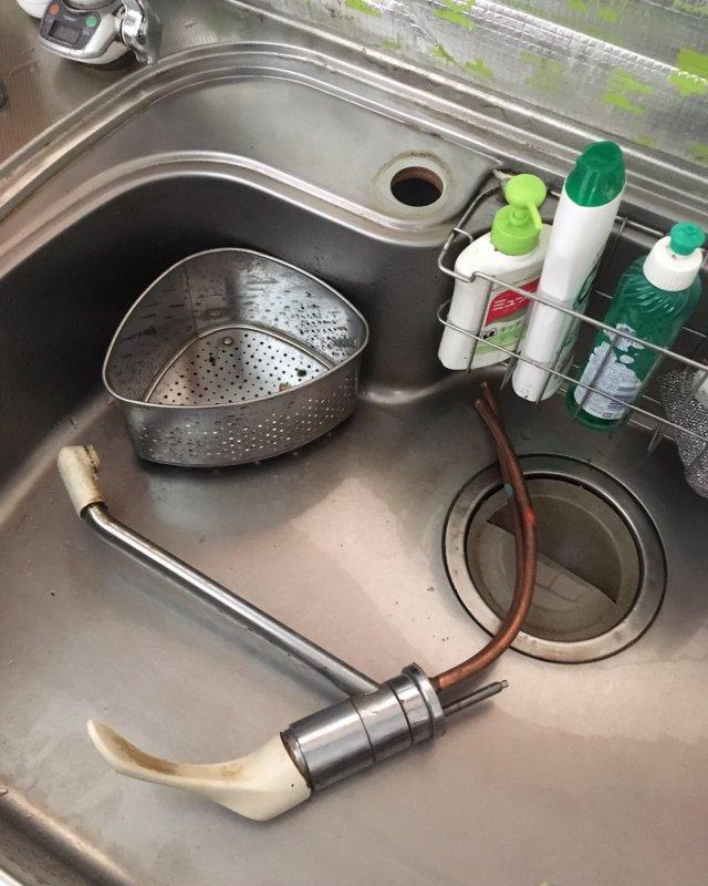 水のトラブル(蛇口の水漏れ修理)の画像