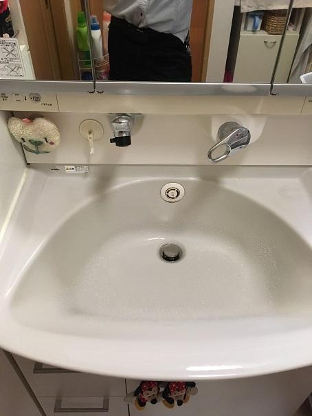 水のトラブル(洗面所蛇口水漏れ修理交換①)の画像