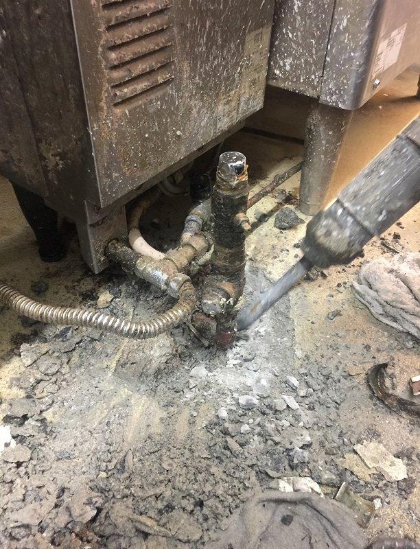 水のトラブル(給湯管の水漏れ修理工事②)の画像