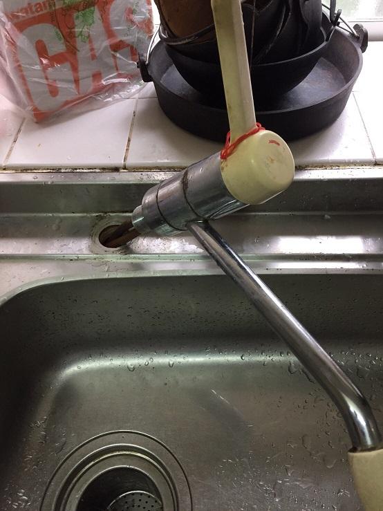 水のトラブル(台所蛇口の水漏れ修理交換④:大分)の画像