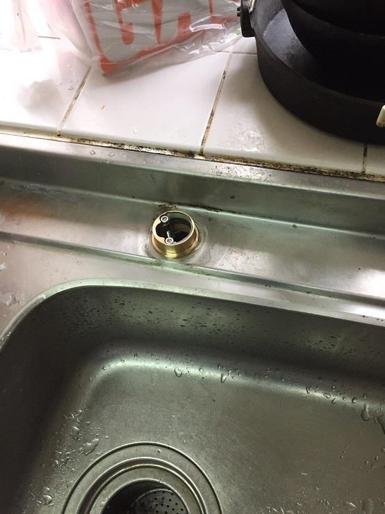 水のトラブル(台所蛇口の水漏れ修理交換⑤:大分)の画像