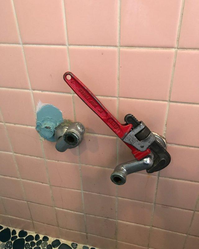 【水のトラブル】浴室水漏れ交換作業③の画像