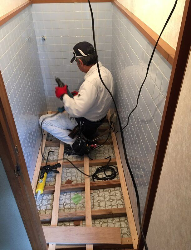 【水回りリフォーム】トイレ内装工事③