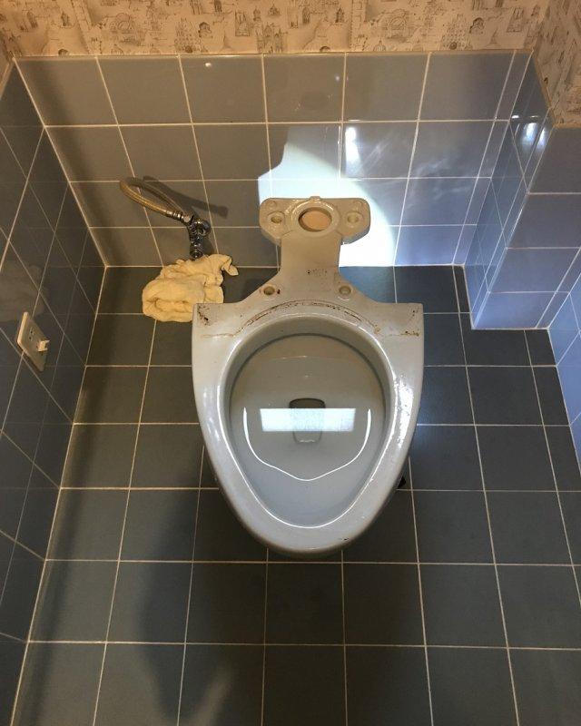 【水のトラブル】トイレ交換作業②の画像
