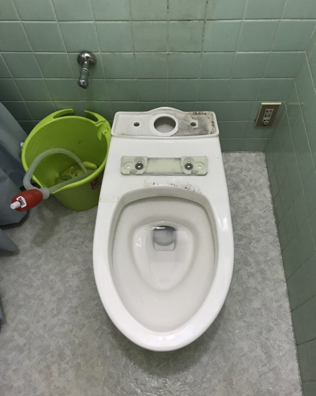 【水のトラブル】トイレ交換作業③の画像