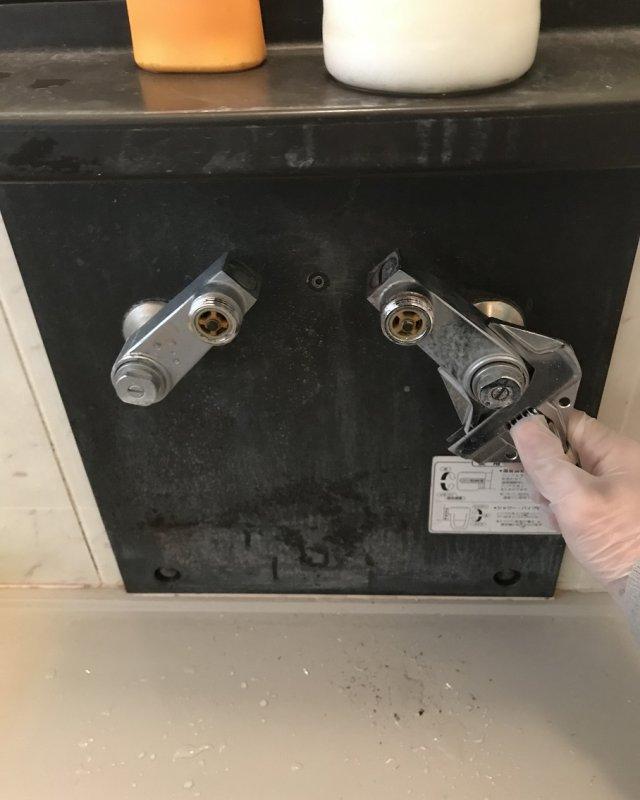 【水のトラブル】浴室蛇口交換作業④の画像